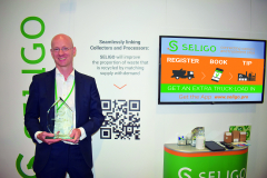 Thomas Paris with SELIGO's award for SME Innovation, voted for by waste recycling leaders including Biffa.