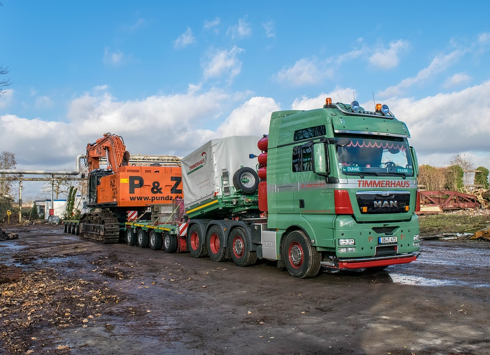 Hooks, Skips and Tippers… The 'rigid' backbone of the waste industry