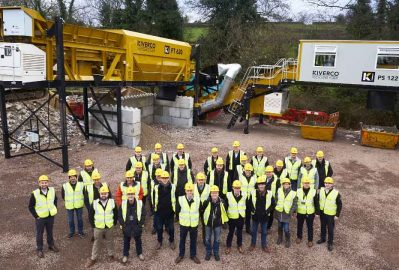 Kiverco host successful compact plant demo days for dealers