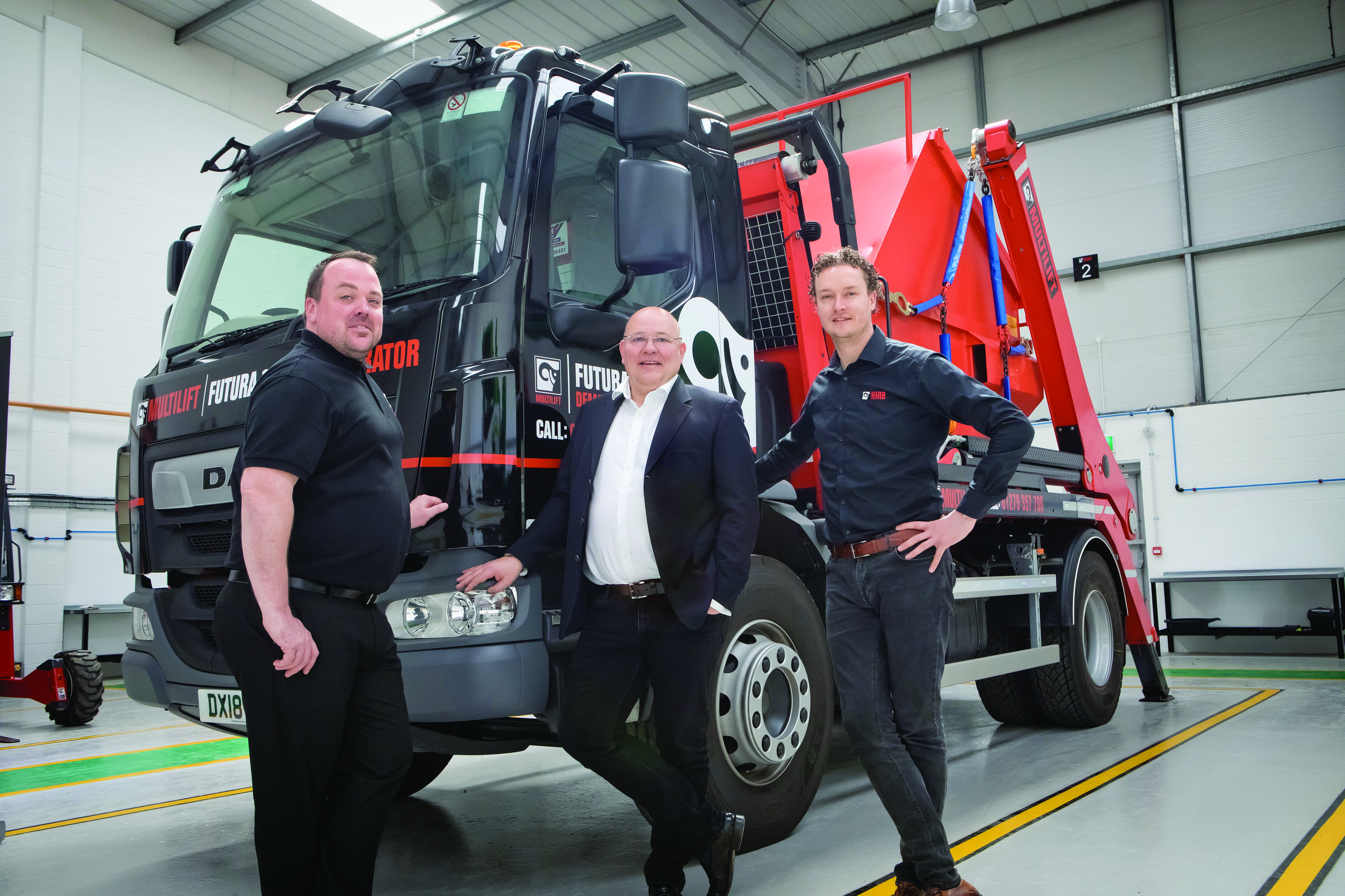 Hiab UK & Ireland Managing Director Rogier van der Linde (right)