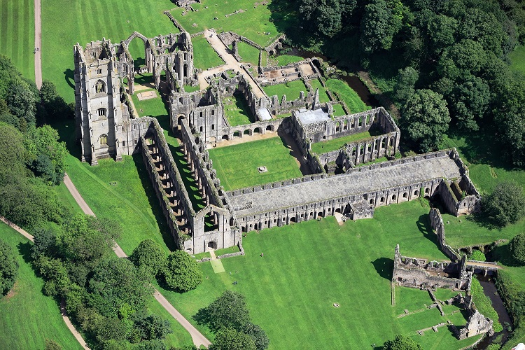 World Heritage site Fountains Abbey boosts recycling capabilities thanks to waste firm