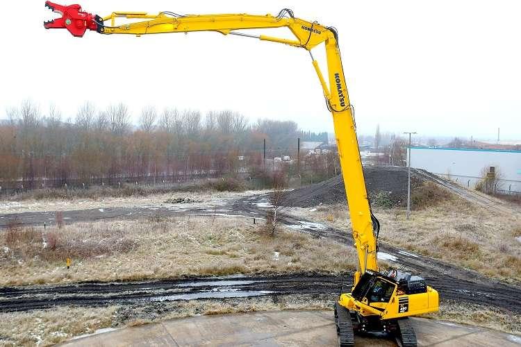 Komatsu unveils new heavy-duty demolition excavator