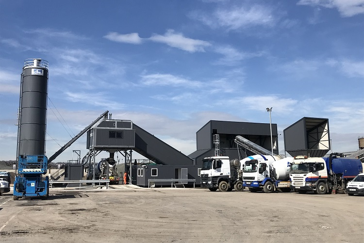 Aggregate Industries cuts the ribbon on new Sheffield concrete plant