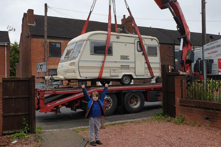 Skip Hire firm is caped crusader for Kori's caravan