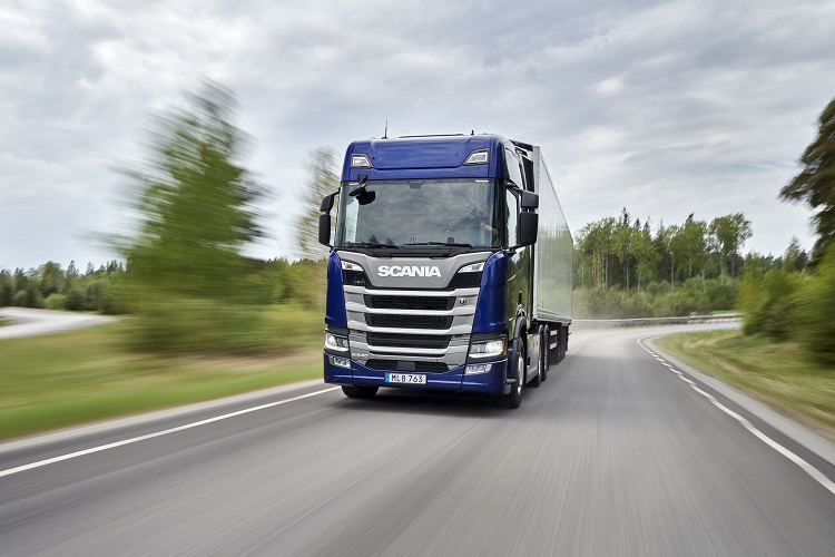 Scania adds a 540 hp version to its 13-litre engine range