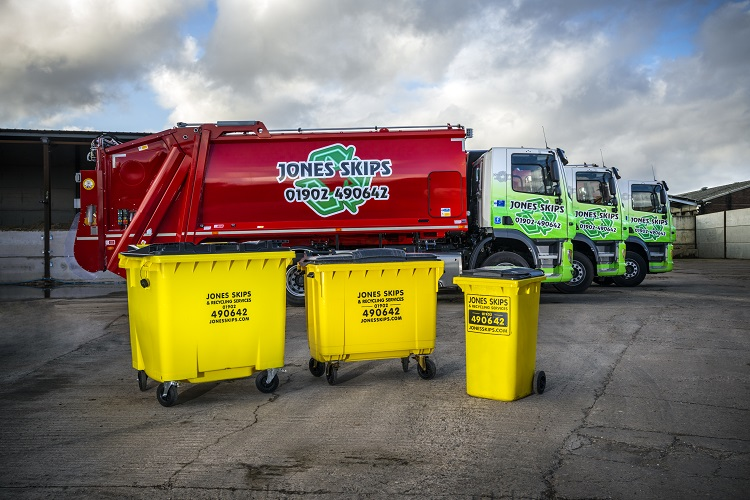 Jones Skips invest in new DAF vehicles for waste management
