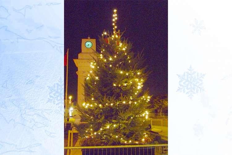 EMR's donation lights up Tilbury for Christmas